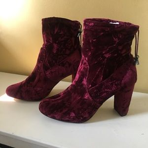 EXPRESS NWOT SUEDE SOCK ANKLE BOOTS